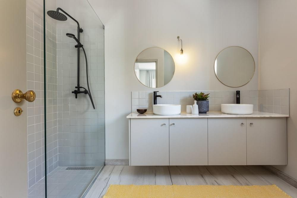 10 Paint Colors for Your Bathroom