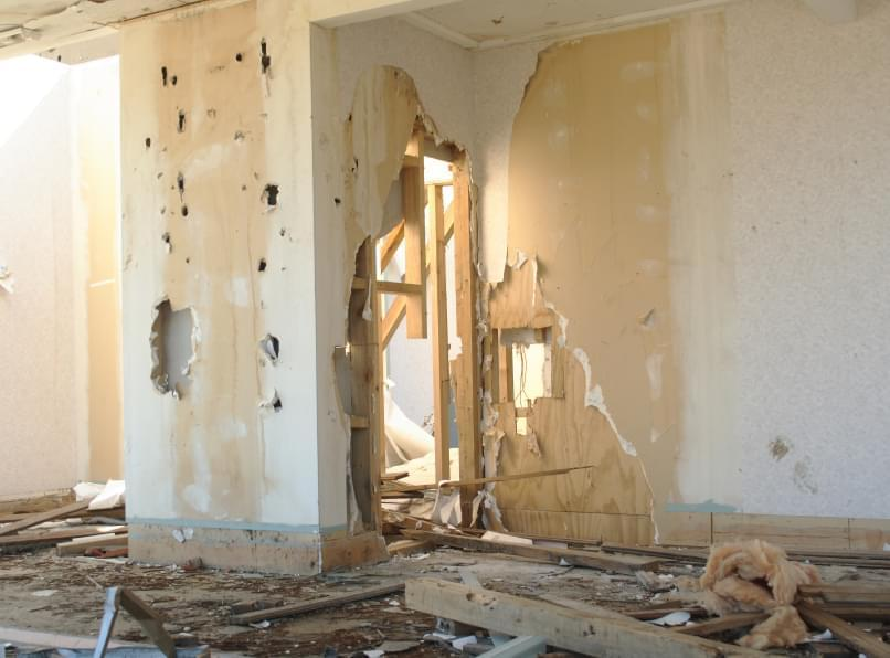 interior demolition contractors